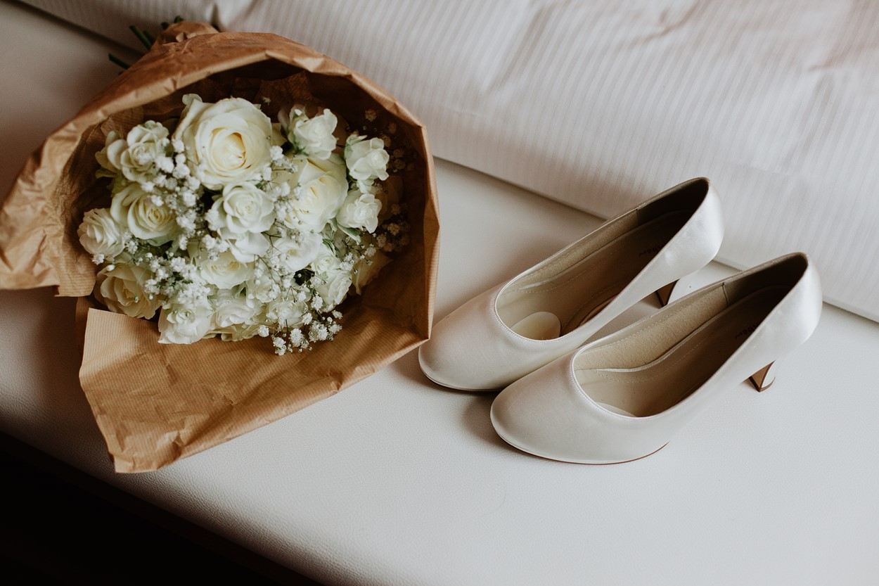 bouquet chaussure mariée