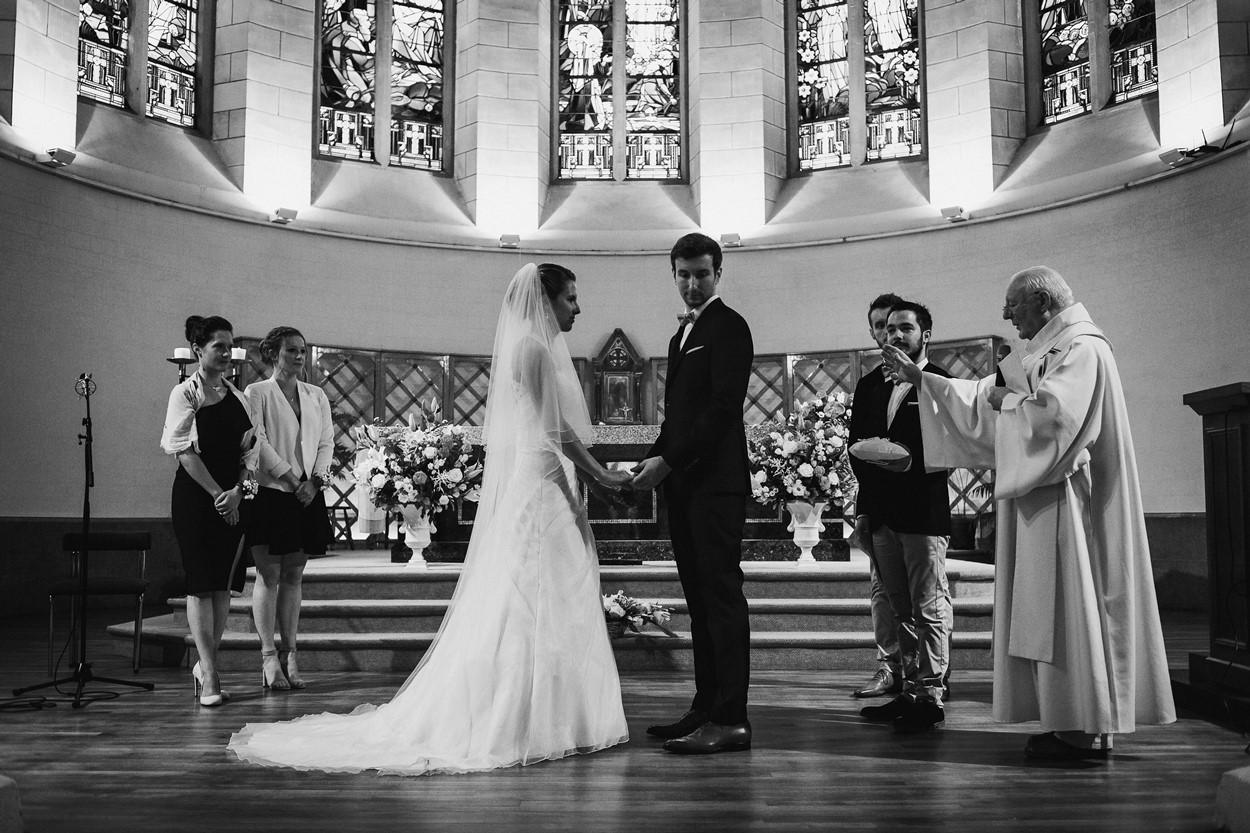 bénédiction mariés église la baule