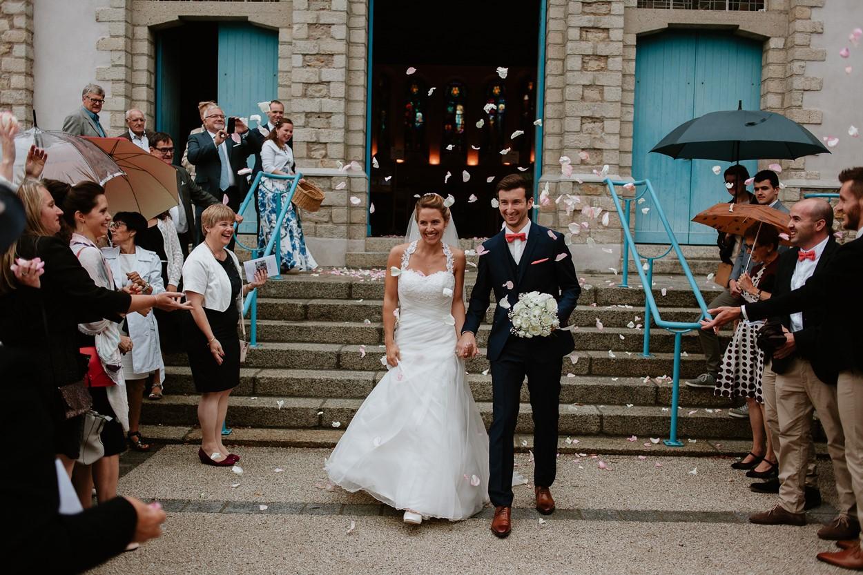 sortie mariés église la baule
