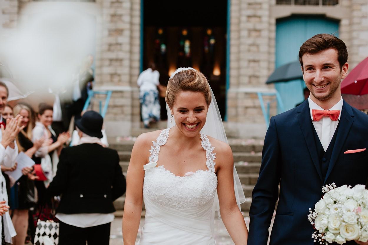 portrait mariés sortie église