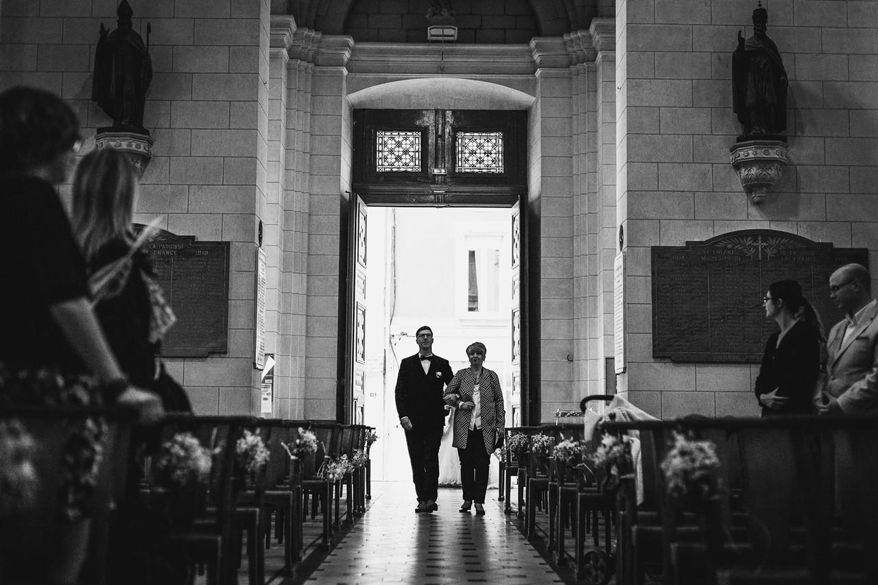 Rentrée marié église St Etienne de Montluc