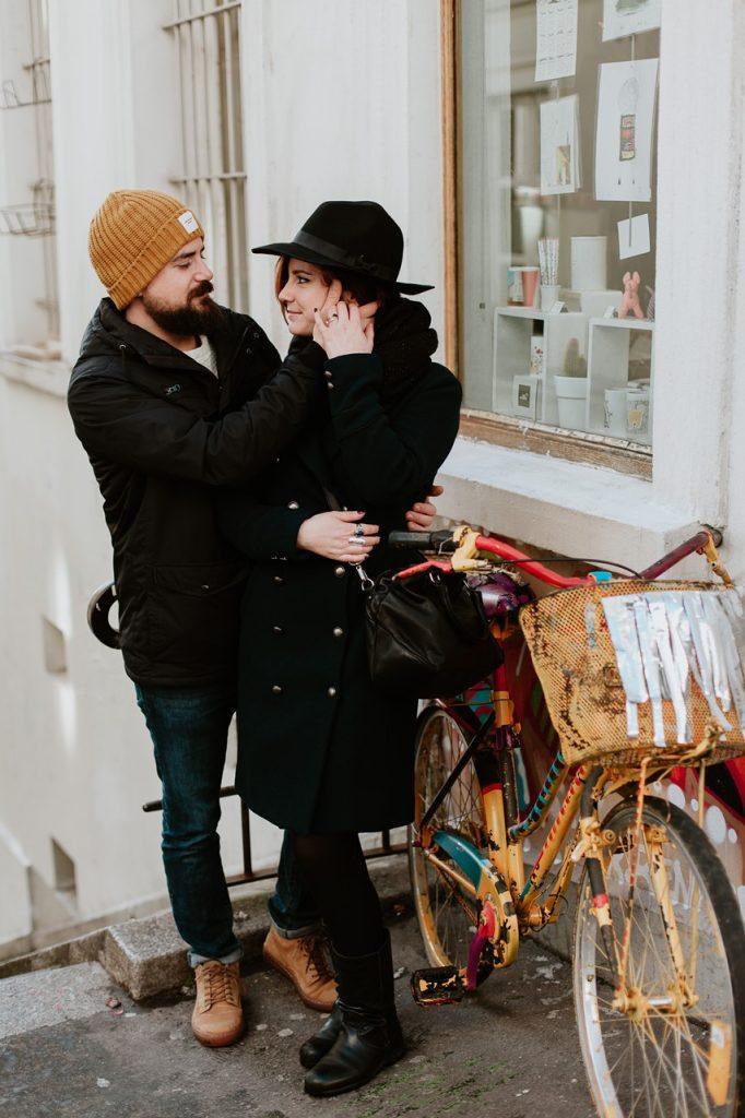 séance photo couple montmartre couleur