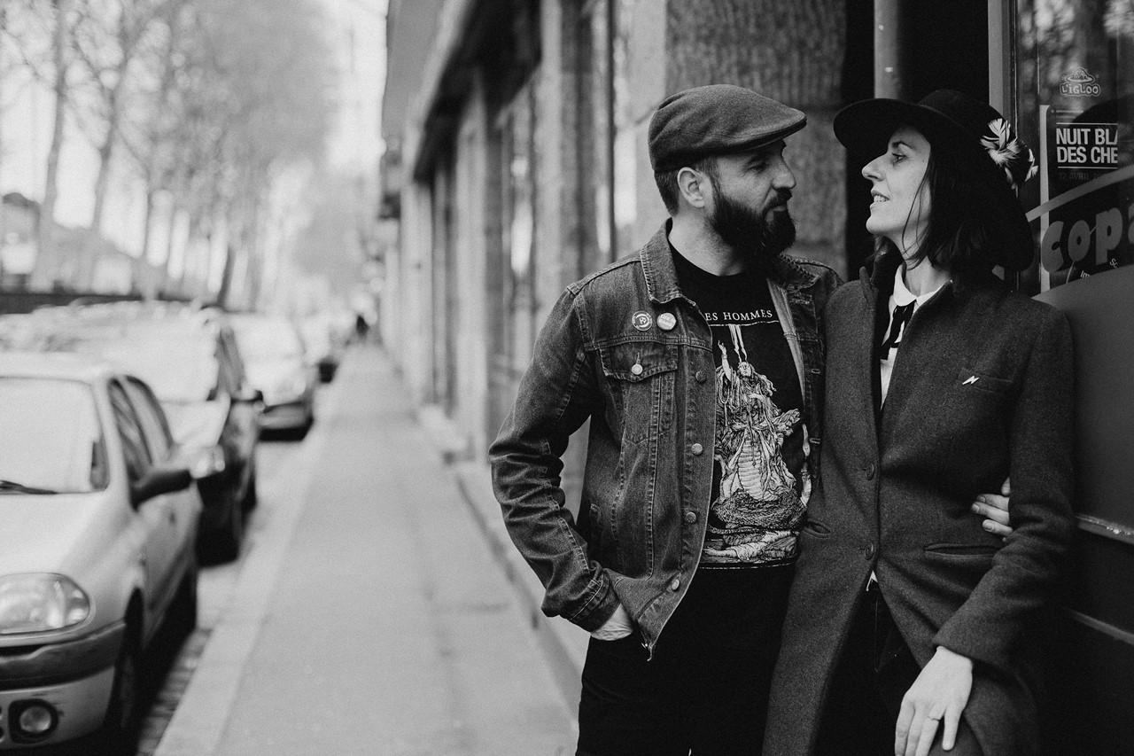 séance couple rock nantes rue lifestyle noir et blanc