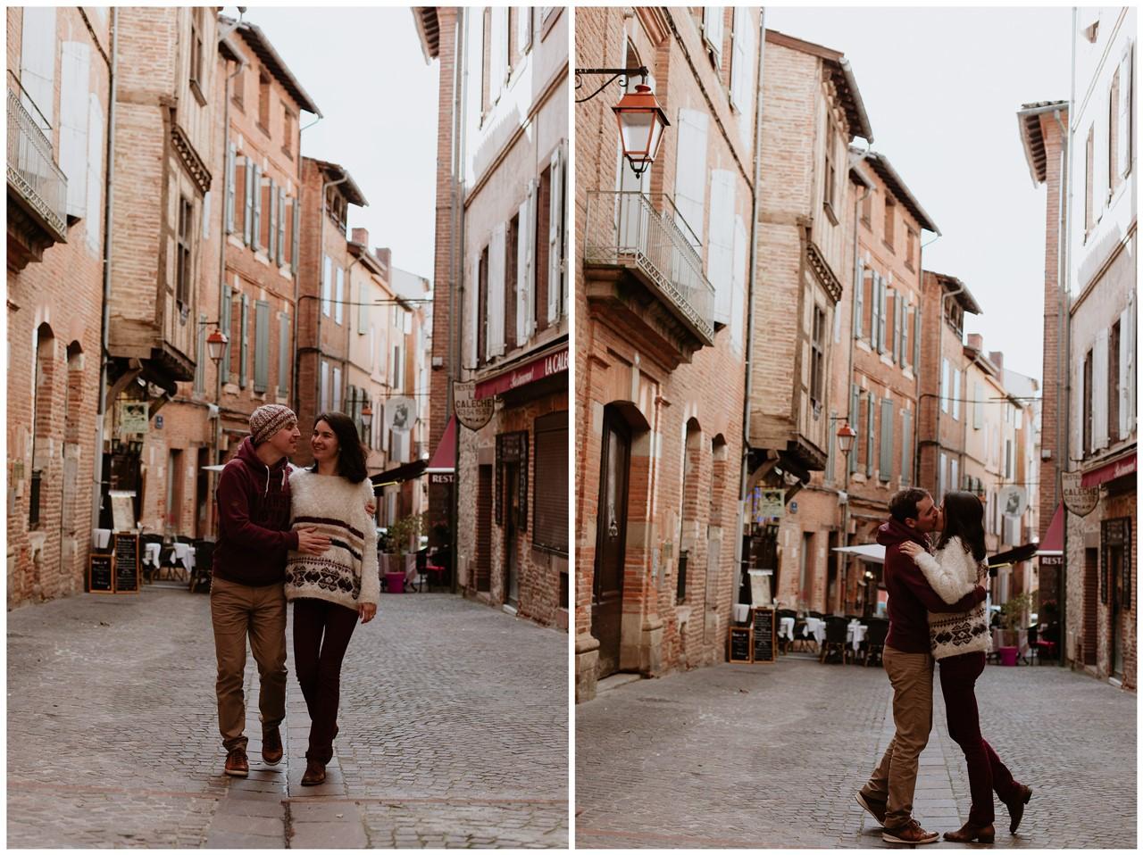 Séance engagement Albi futurs mariés rues