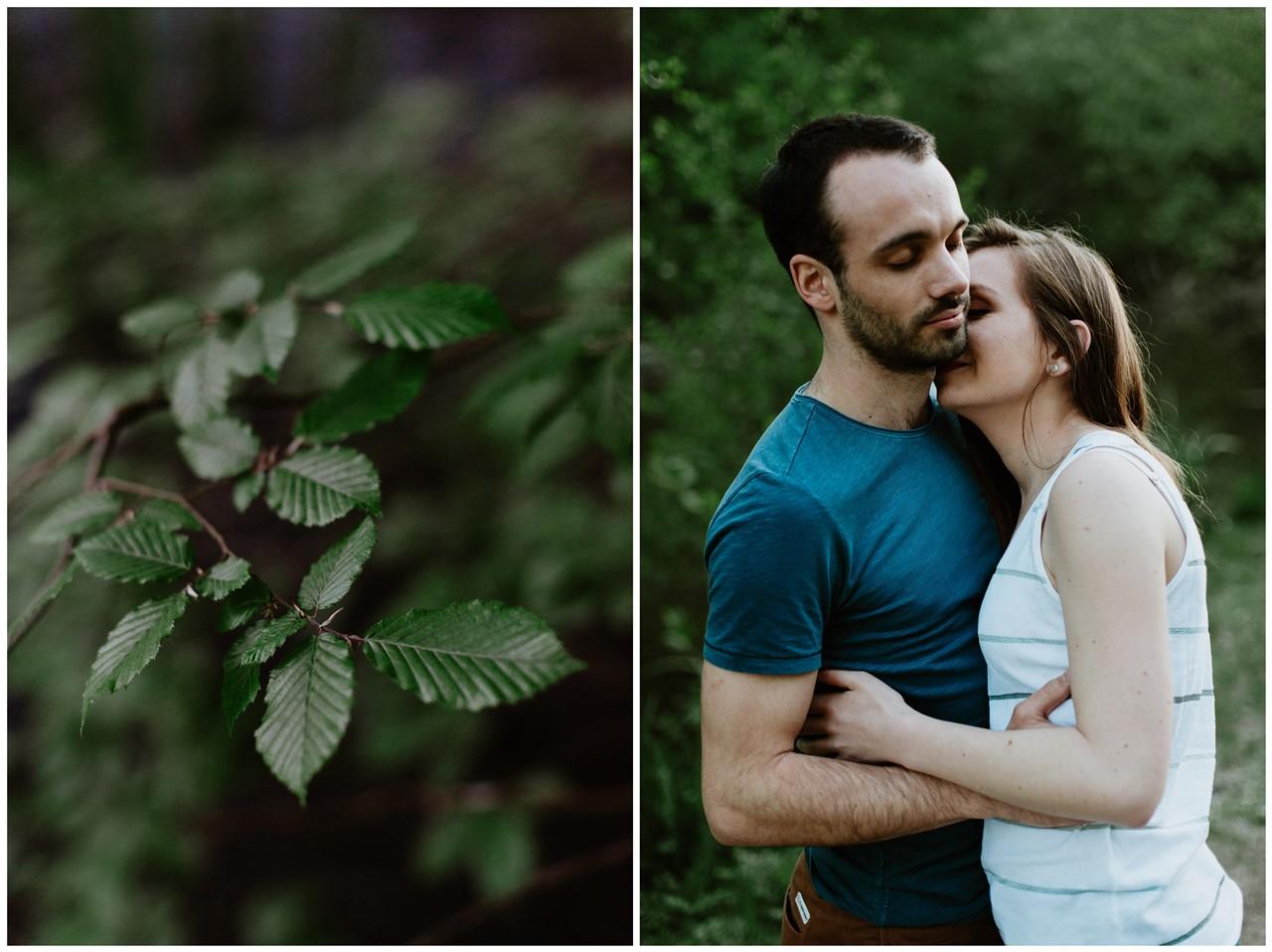 séance-engagement-couple-nature-nantes-calin-feuilles