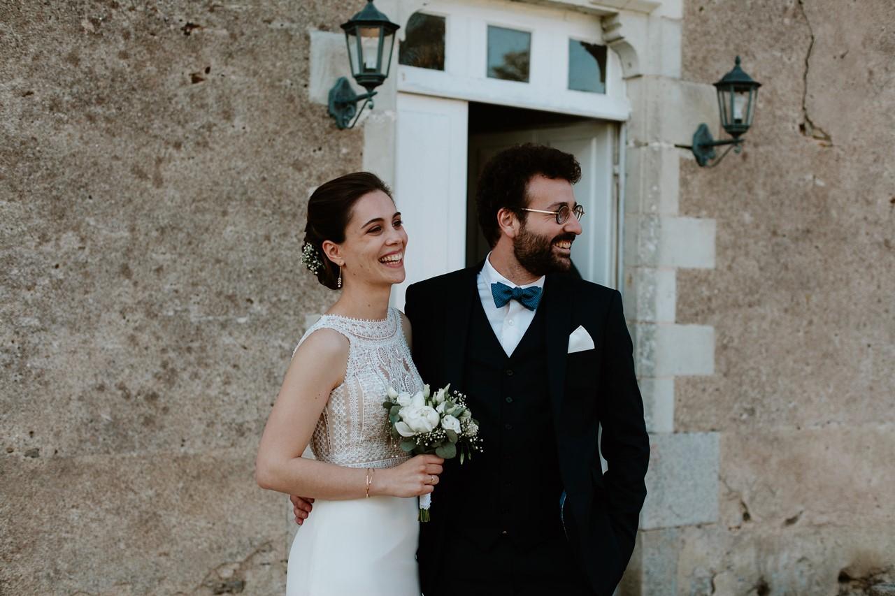 mariage angers château de la Cartrie photo couple portraits mariés naturels