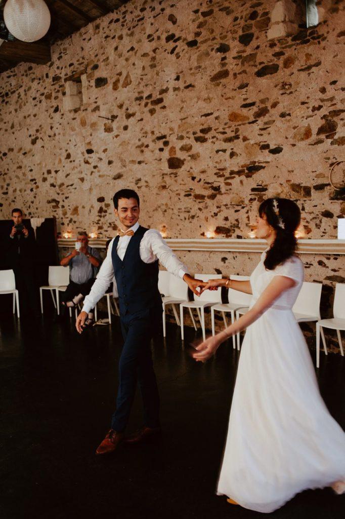 Mariage bohème guermiton premier danse mariés