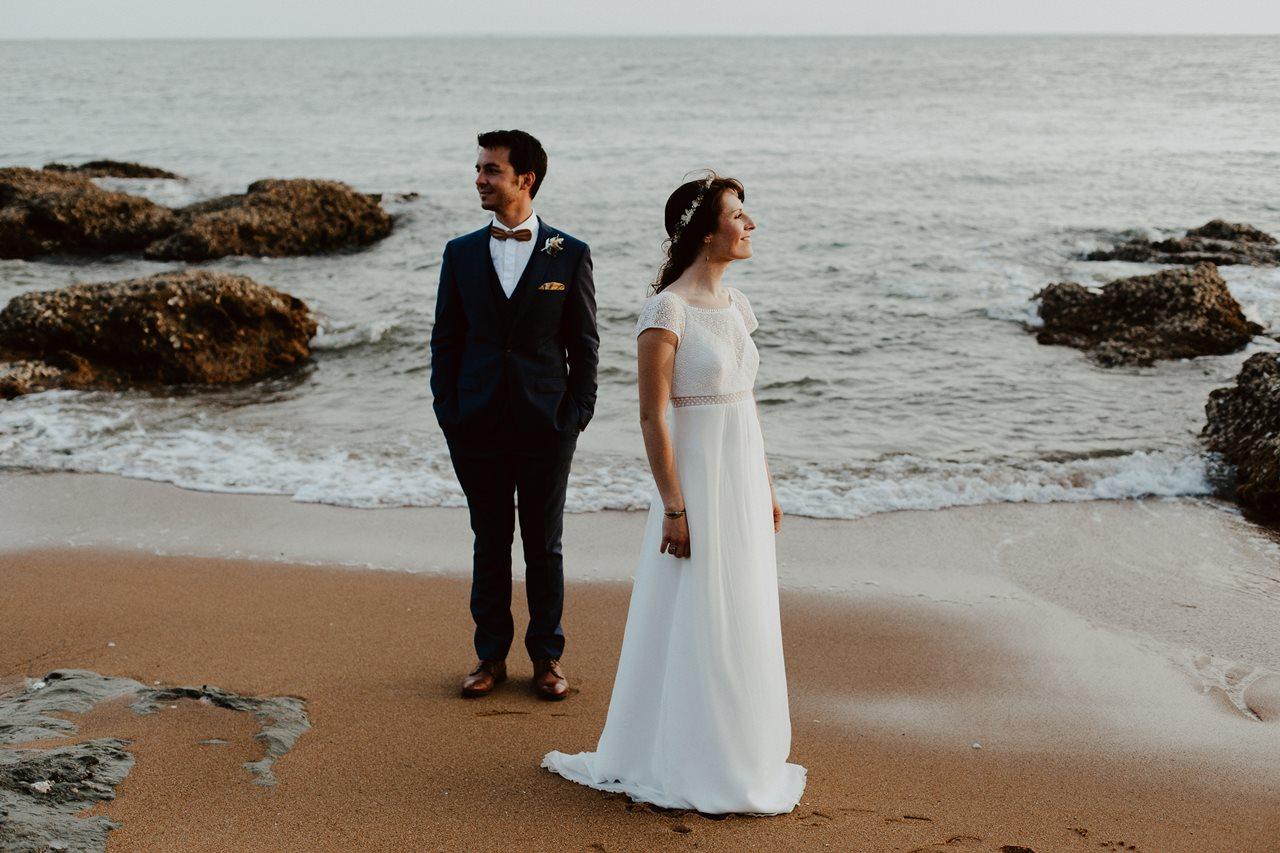 Day-after-mer-pornic-mariés-marié-face-mariée-côté