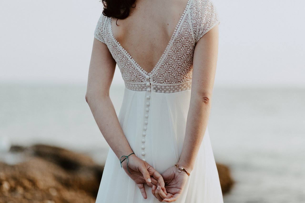 Day-after-mer-pornic-mariée-détails-robe
