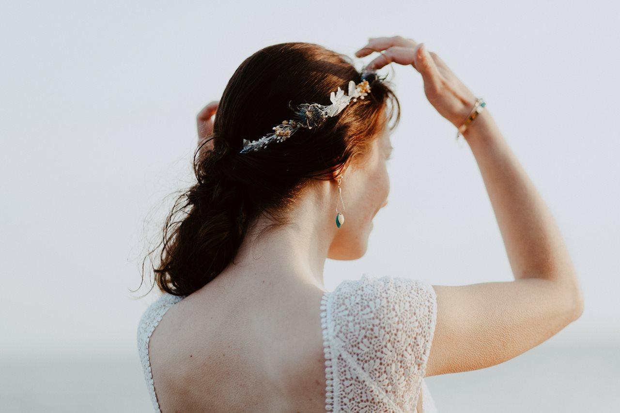 Day-after-mer-pornic-mariée-détails-couronne-fleurs