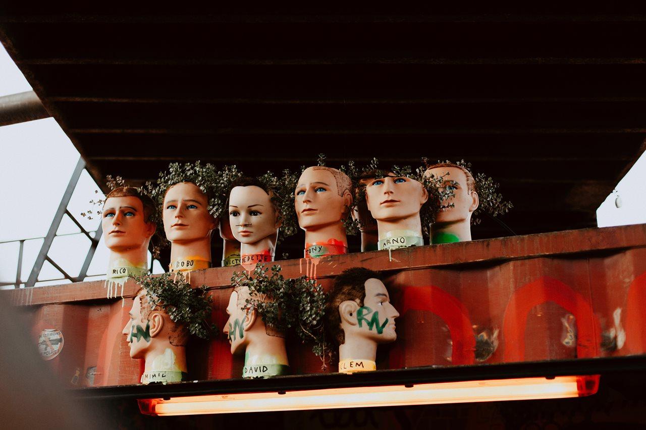 seance couple Nantes Transfert détails artistiques tête mannequin plastique