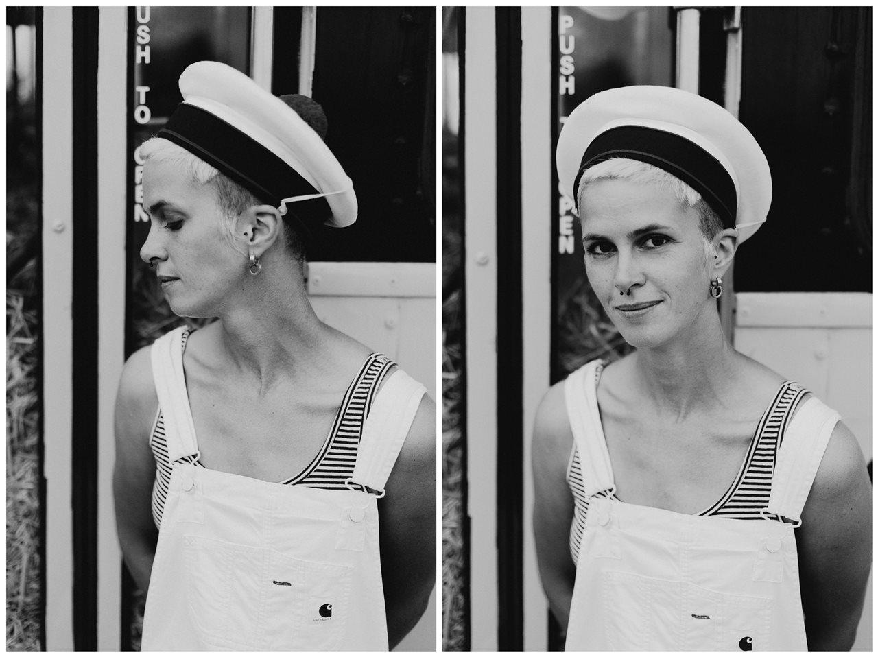 seance couple Nantes Transfert portrait femme cheveux courts chapeau marin noir et blanc