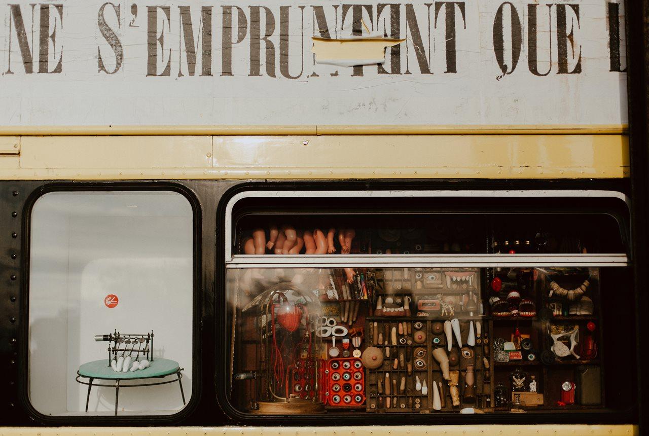 seance couple Nantes Transfert bus anglais cabinet curiosité