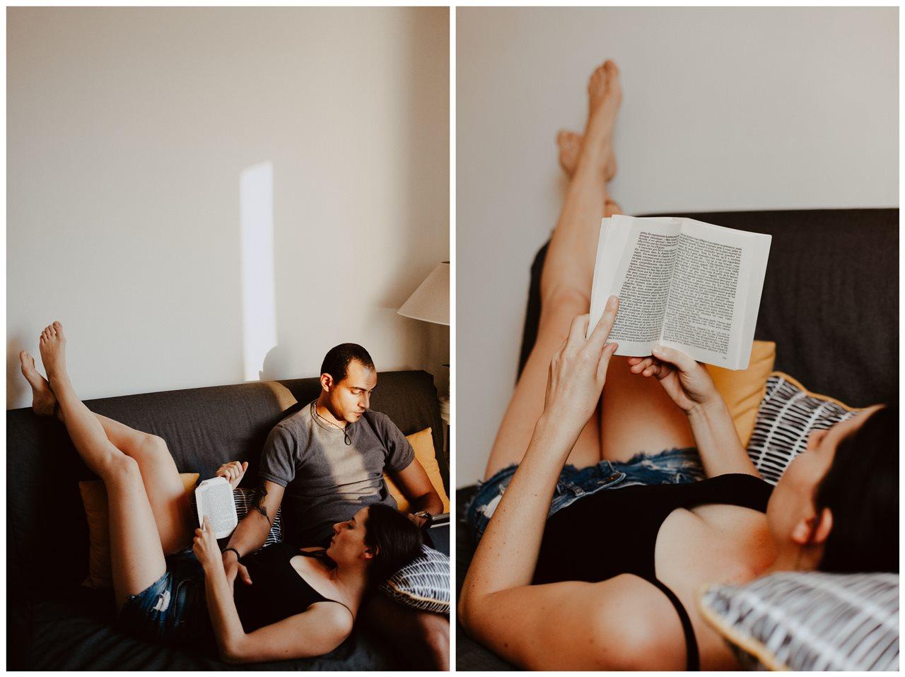 seance-couple-intimiste-maison-détente-canapé-lectures