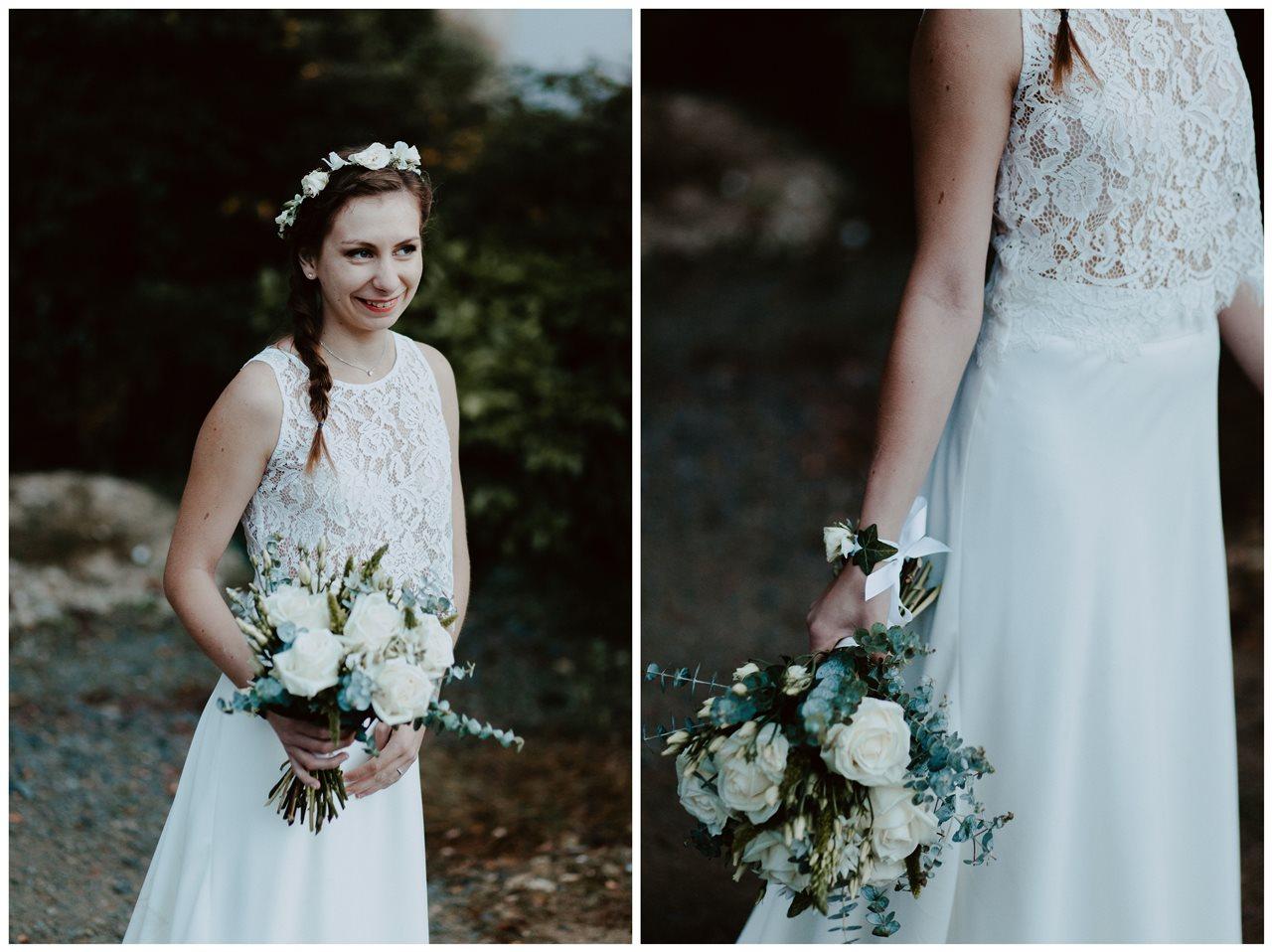 Mariage champêtre portrait mariée détail robe et fleurs