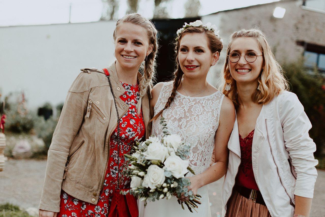 Mariage champêtre guermiton photo copine mariée
