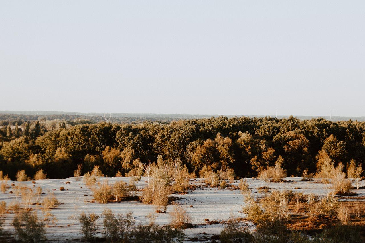 mariage nude plaine désertique paysage
