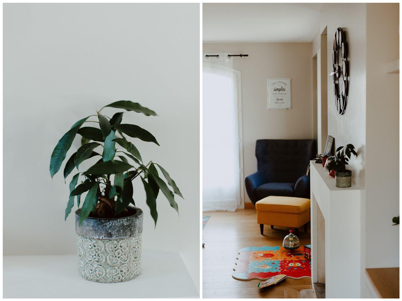 séance nouveau-né lifestyle famille intérieur maison plante salon