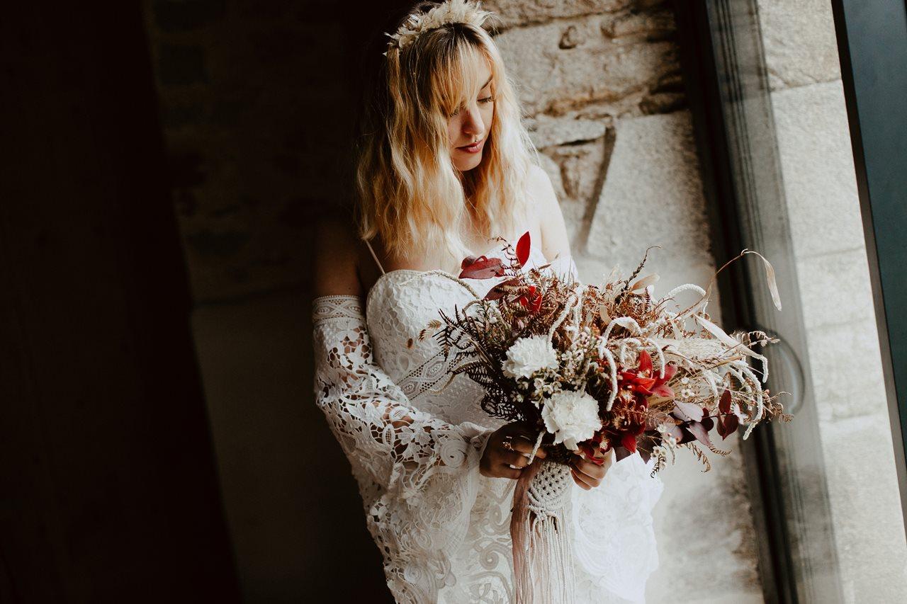 mariage bohème préparation mariée portrait bouquet fleurs Folie Douce Flower