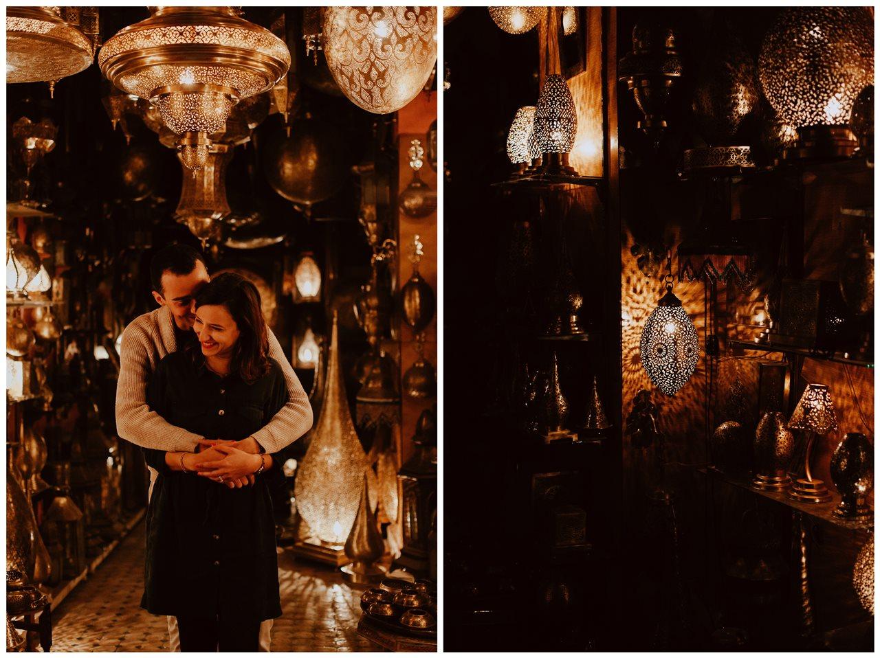 séance couple fès magasin lampe marocaine complicité rires mariés détails lampes