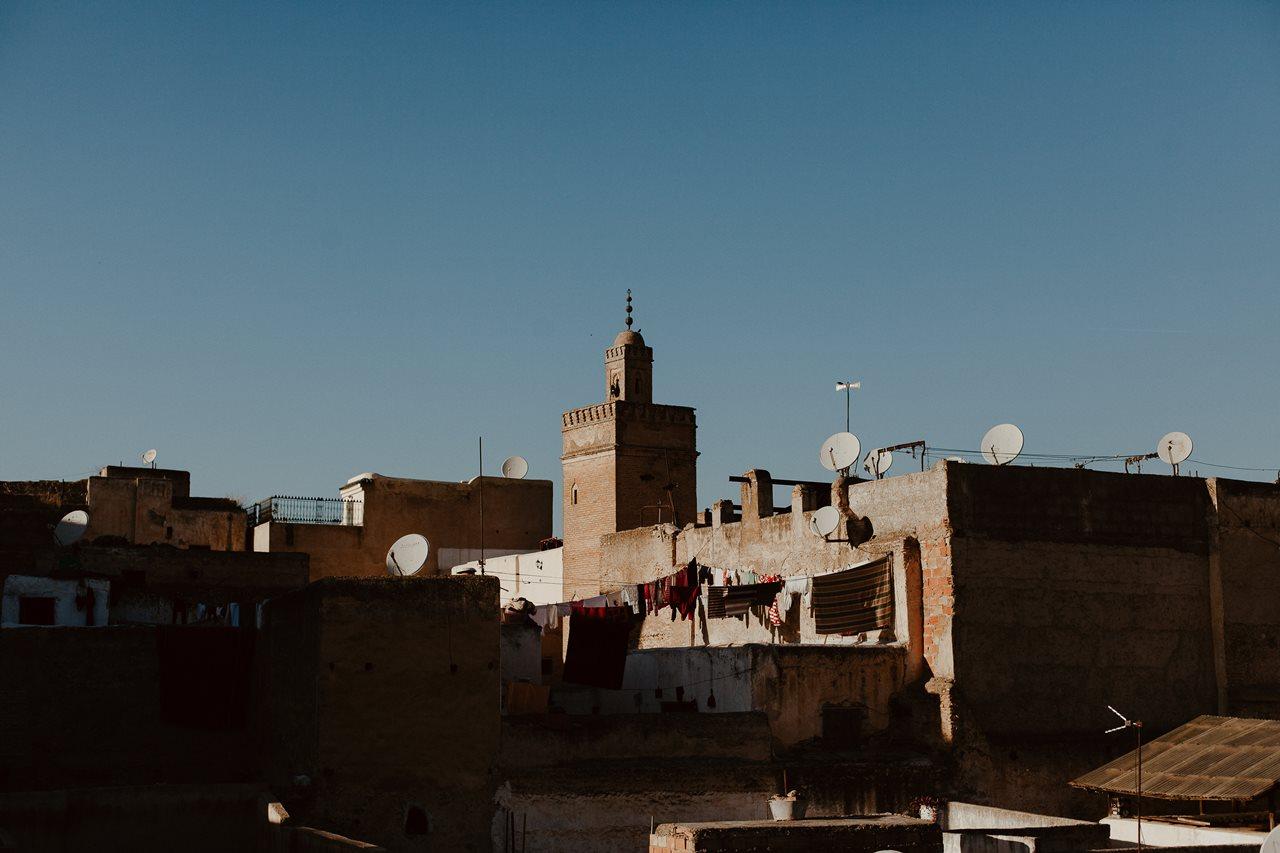 séance photo ville de fès au Maroc toit de la ville mosquée