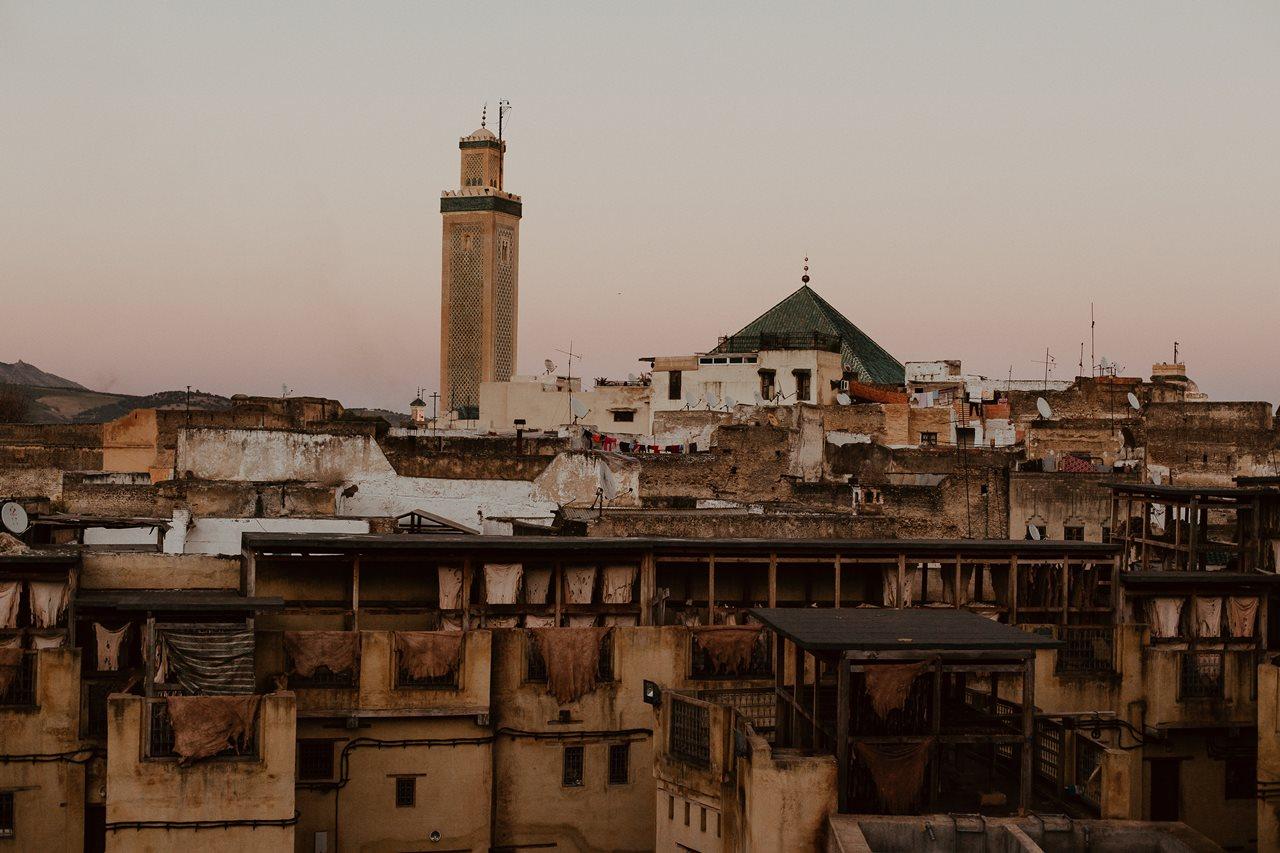 photo toits de fès Maroc coucher de soleil mosquée