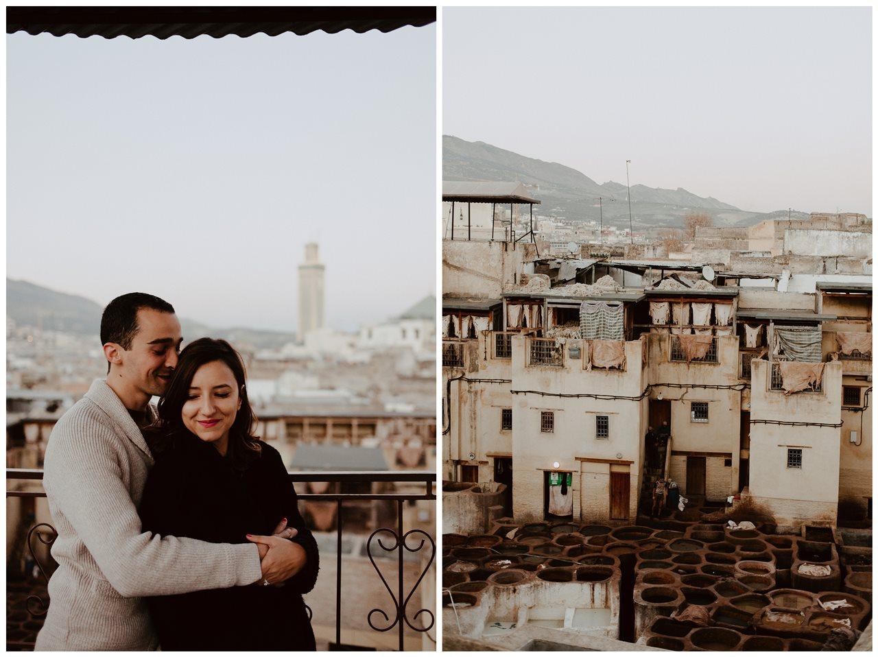 séance couple maroc toits de fès calin mariés et photo tannerie