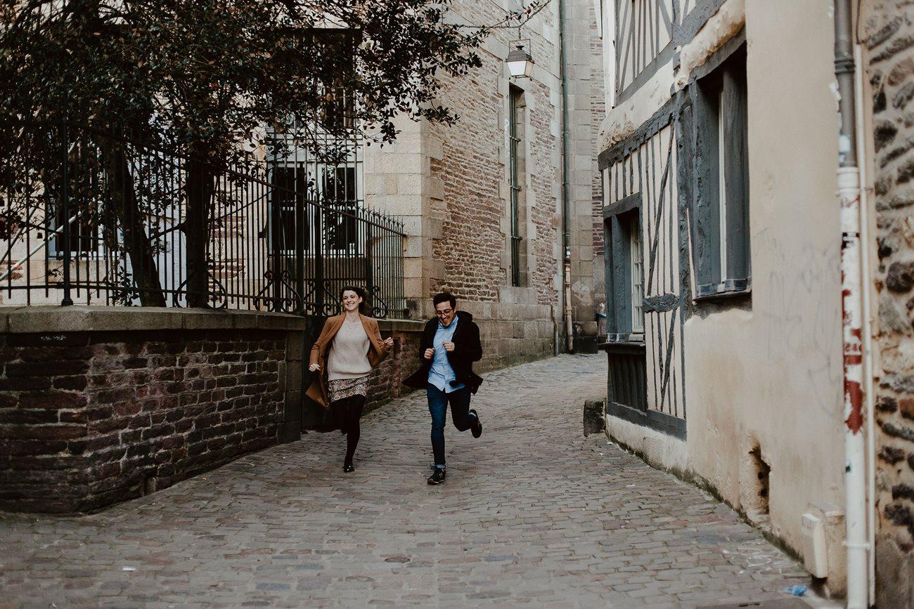 seance engagement couple course ruelles de Rennes