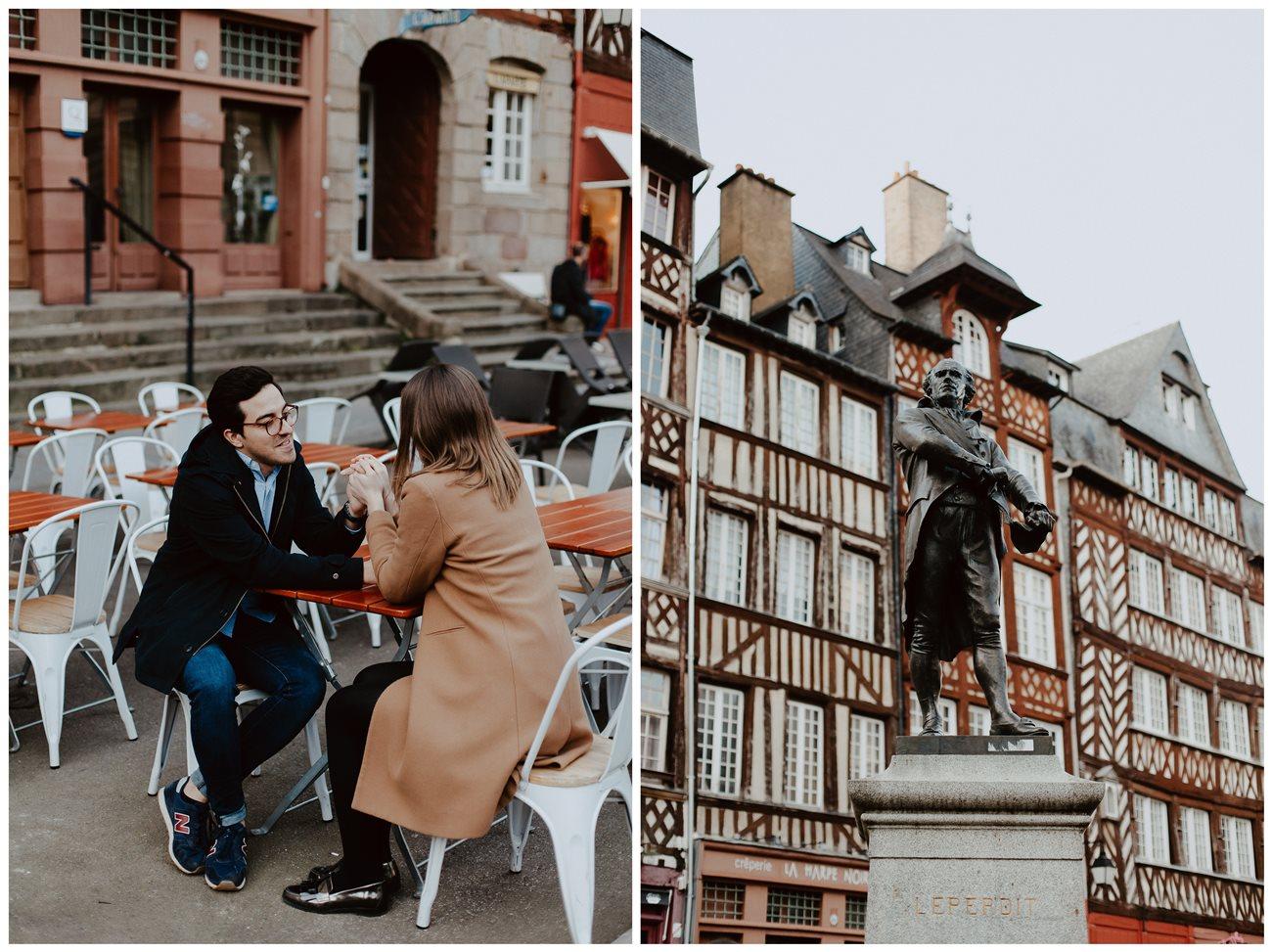 seance engagement couple en terasse main dans la main Rennes place du champ jacquet