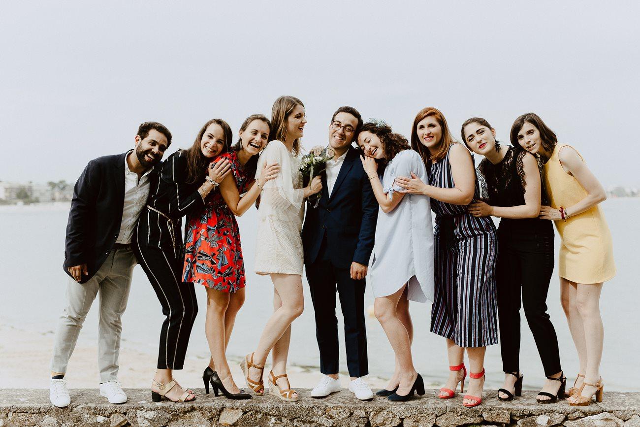 Séance photo groupe mariés et témoin La Baule