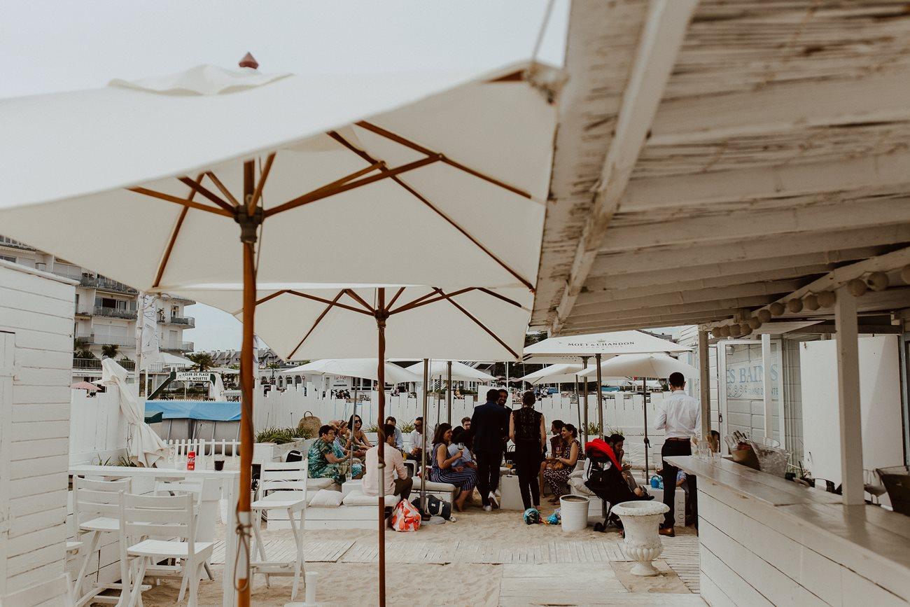Photo cocktail mariage ambiance décontracté à la plage