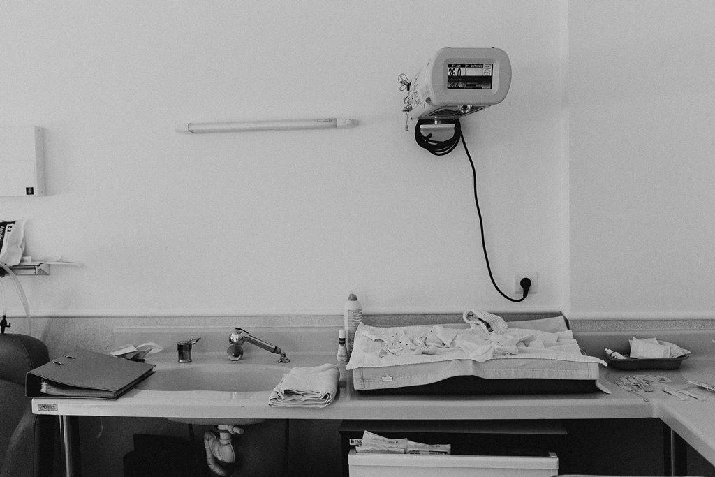 Reportage photo naissance détails chambre accouchement Nantes