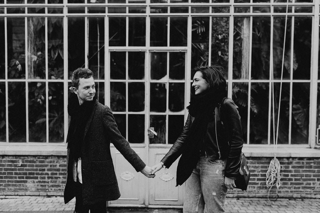 séance engagement Nantes ballade couple serre jardin des Plantes