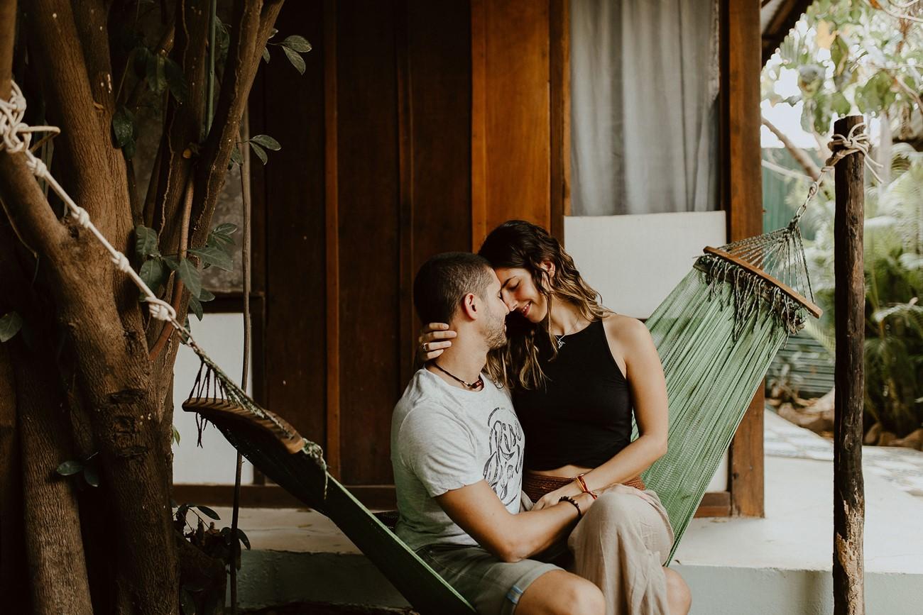 séance couple amoureux calîn hamac