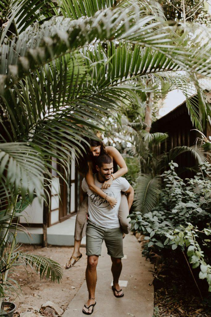 séance couple vacances palmiers complicité jeux