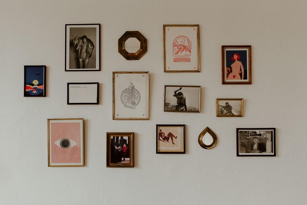 photo décoration appartement mur cadres