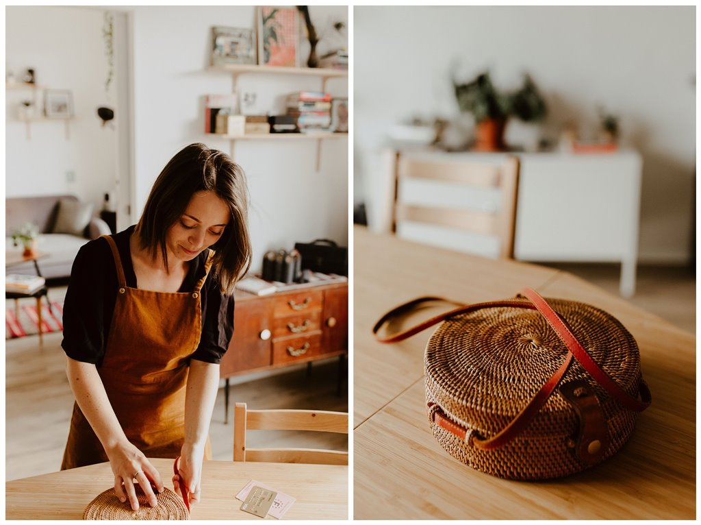 portrait femme maison sac à main