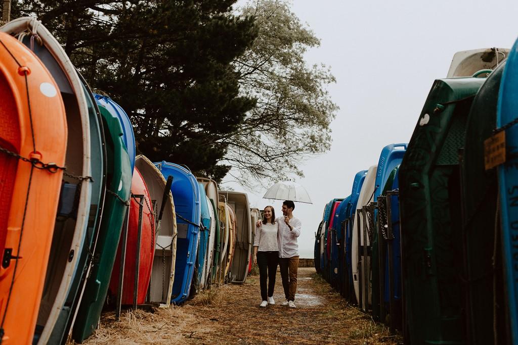 photo balade amoureux port Logéo pluie bateaux