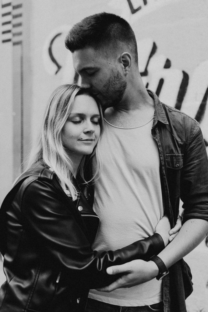 portrait amoureux noir et blanc ville Nantes