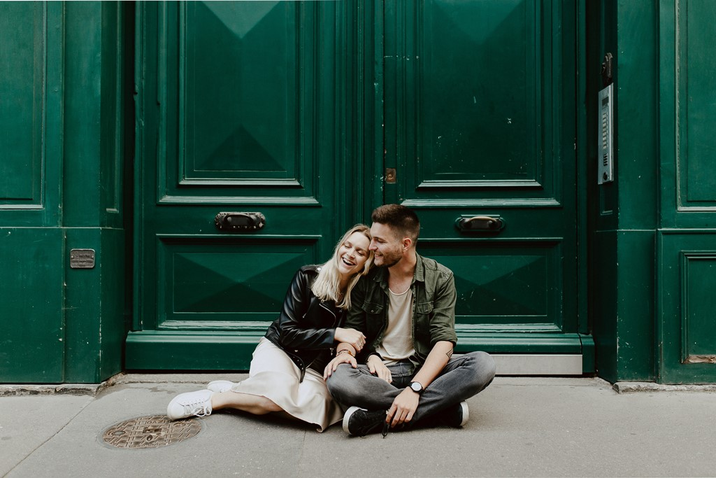 séance couple Nantes complicité rires calîns rue